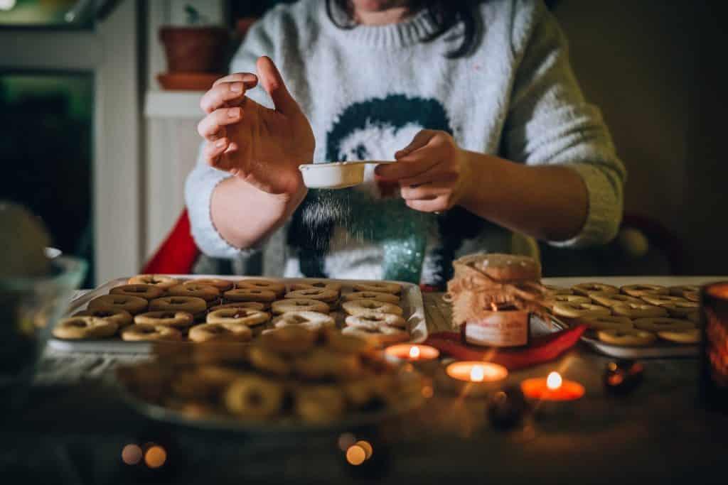Adventní přípravy a pečení Vánočního cukroví.