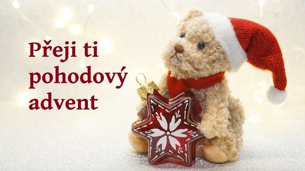 Přání k adventu s medvídkem.