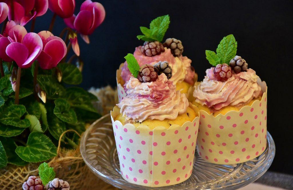 Slavnostní muffiny na oslavu jmenin.
