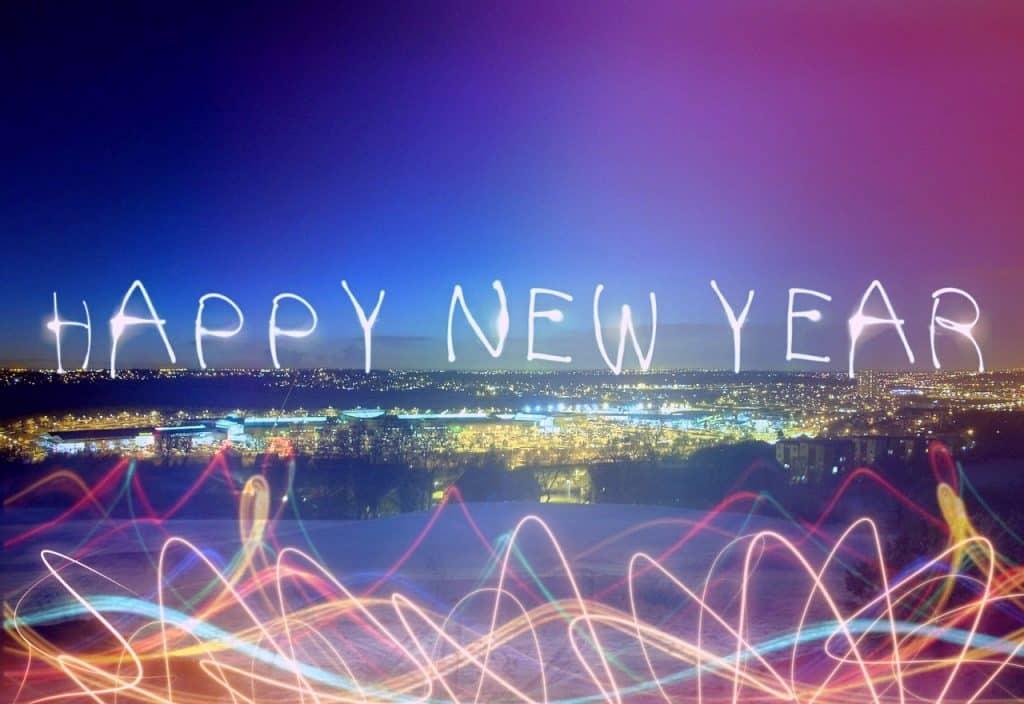 Světelná show vítající nový rok.