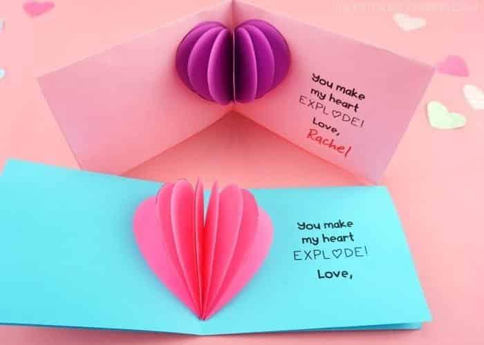 Hotová ručně vyrobená valentýnka.