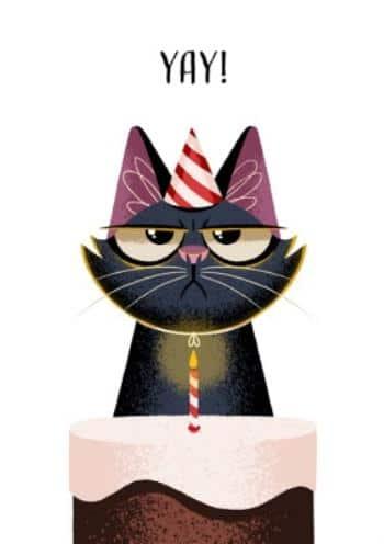 Kreslená černá kočka s narozeninovým dortem a zapálenou svíčkou.