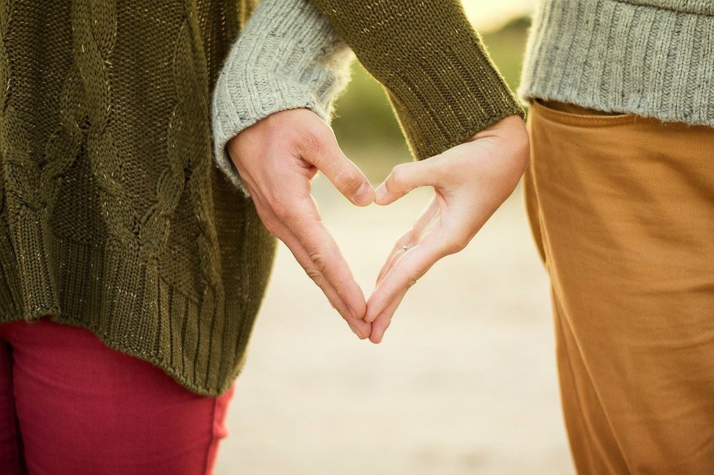 Přání k narozeninám z lásky pro muže a ženu s citáty.