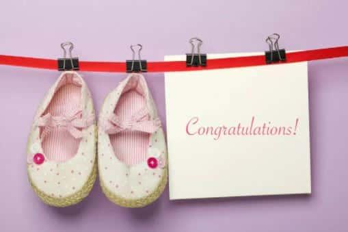 Blahopřání s botičkama na šňůře.