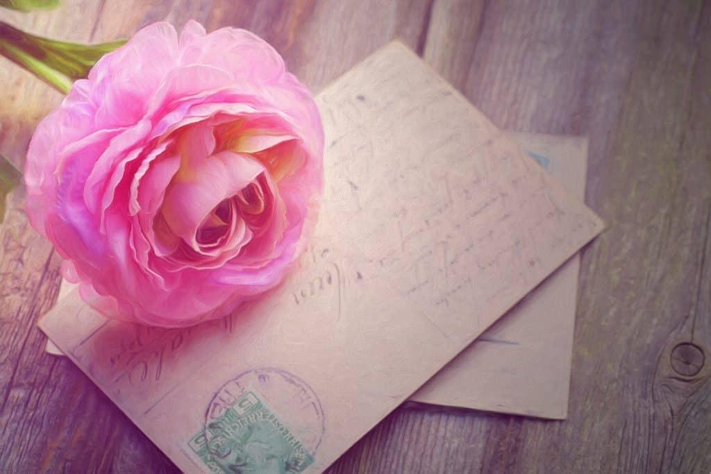 Romantické papírové přání k svátku pro Amálii.