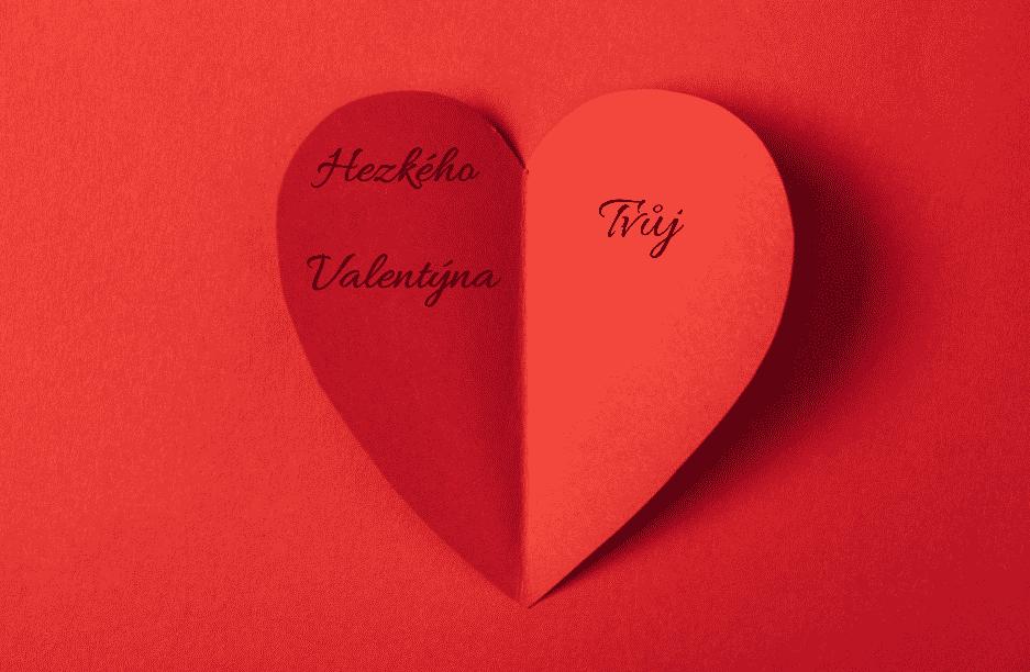 Papírové srdce s věnováním k valentýnu.